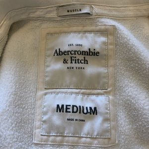 Abercrombie & Fitch Shirts - lightly used hoodie